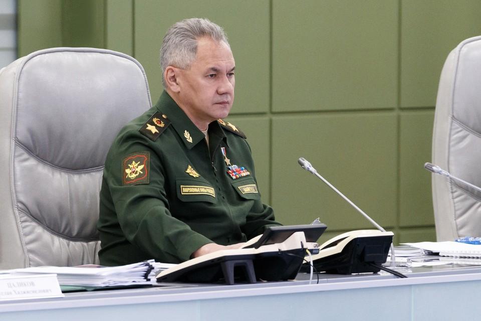 Шойгу заявил об активизации разведывательной авиации НАТО у границ России
