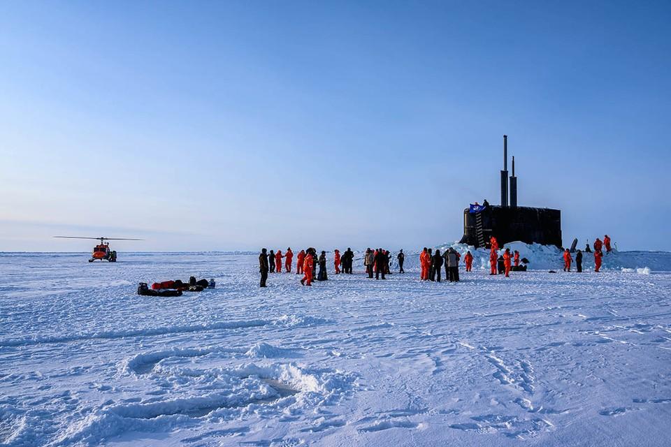 Опасная военная возня США и других стран НАТО вокруг российского сектора Арктики и Северного морского пути в последнее время стала особенно интенсивной и вероломной.