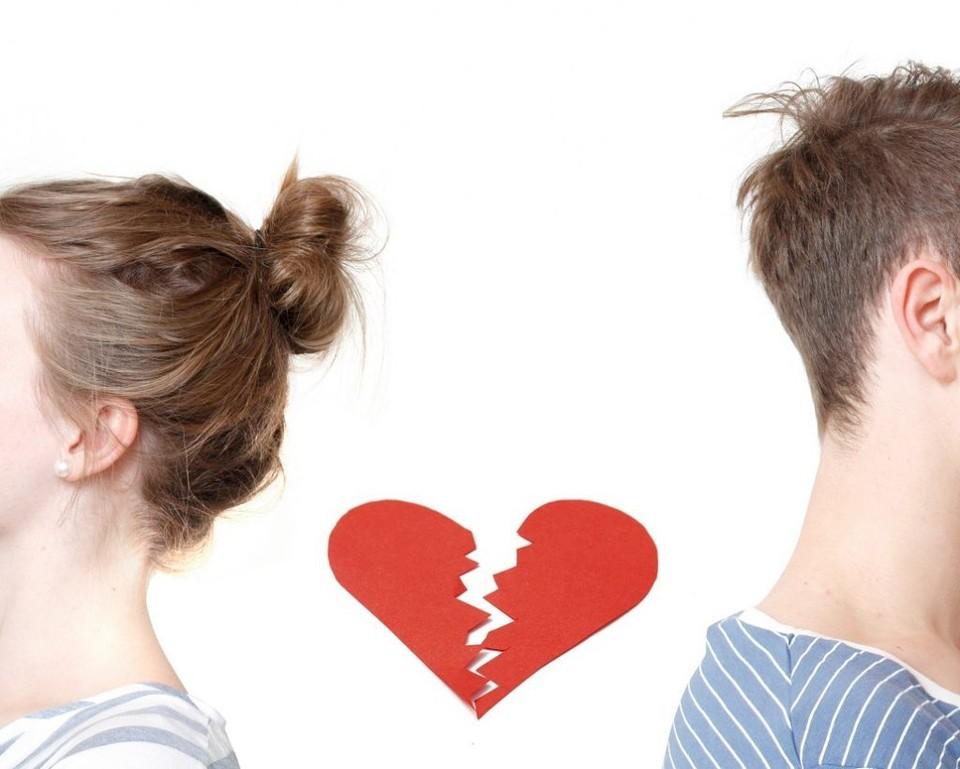 """Психологи советуют не сразу уходить в отношениях """"в омут с головою"""". Мало ли что бывает."""
