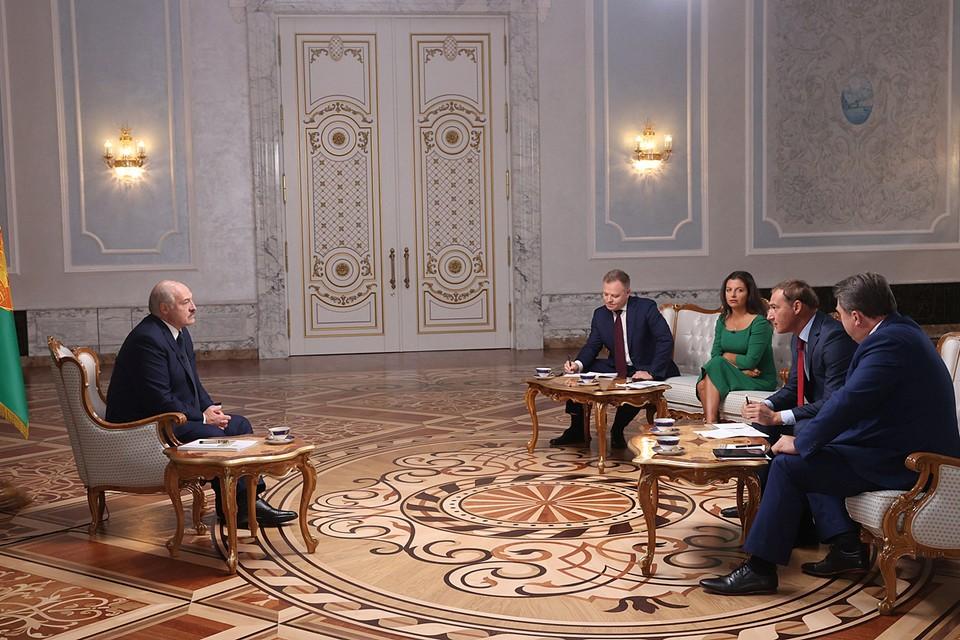 Александр Лукашенко дал интервью российскими журналистами