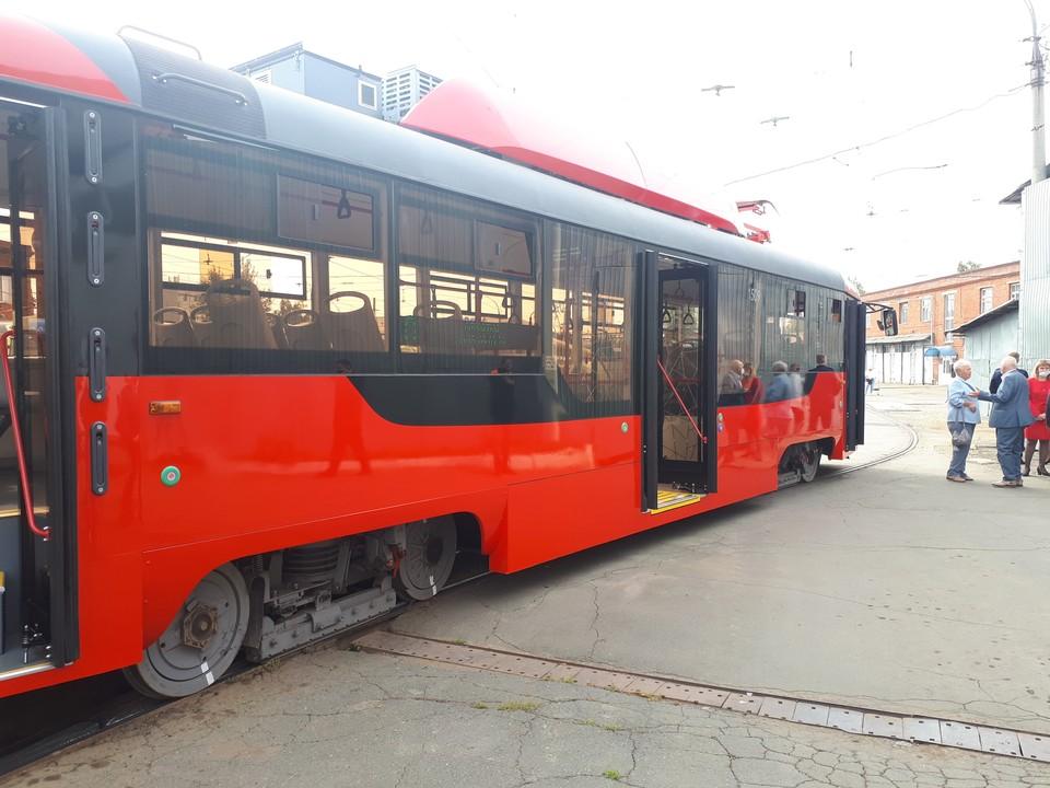 Новый трамвай длиннее старых