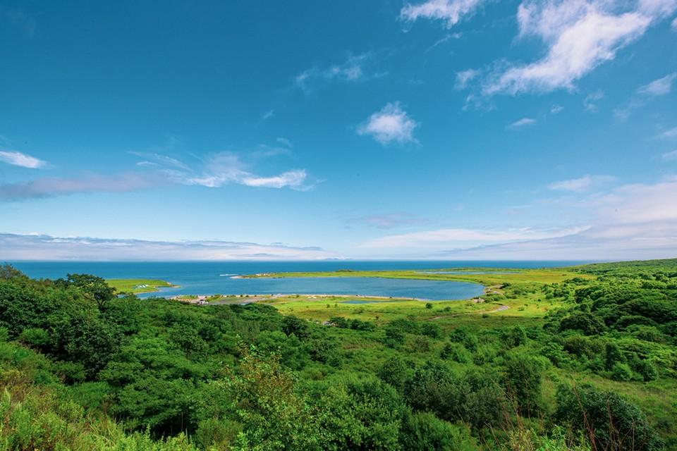 Бухта Ахлестышева одно из самых живописных мест острова Русский