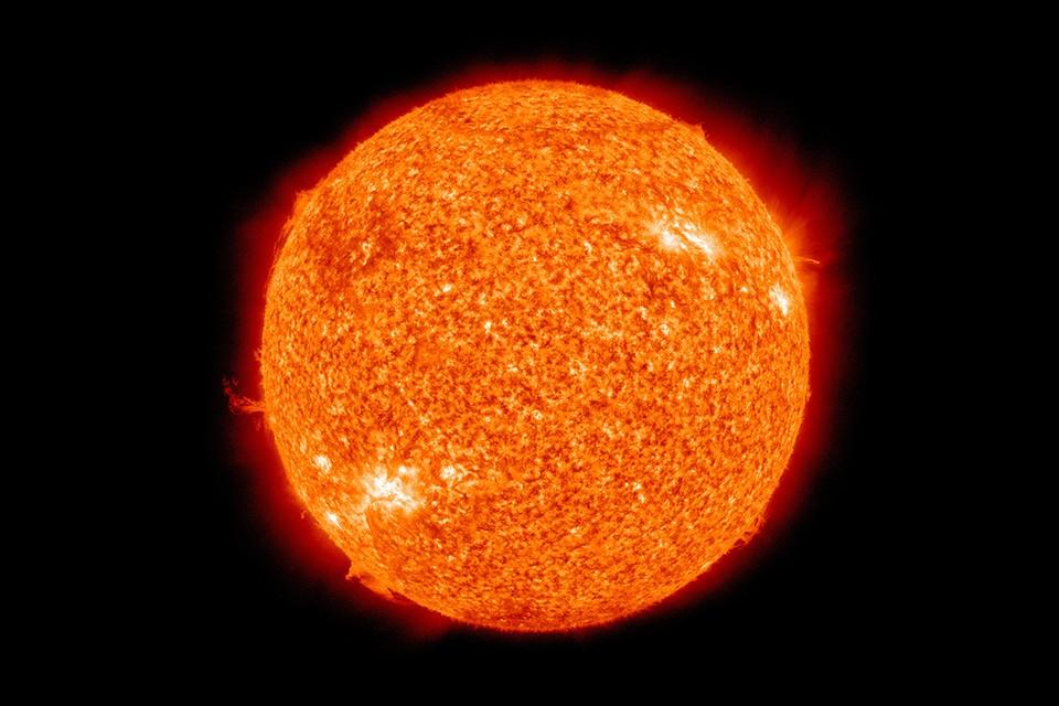 Теория астронома-самоучки неплохо объясняет загадки дневного светила