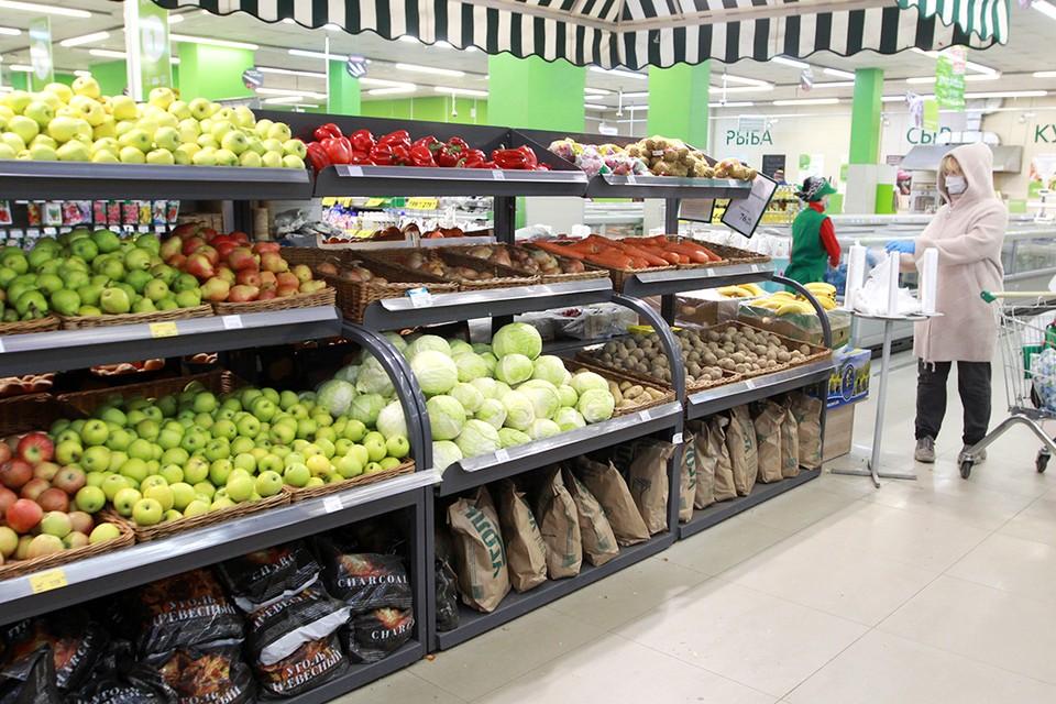 Иркутяне в прошлом году немного добавили в рацион свежих овощей и фруктов, а сладости - сократили.