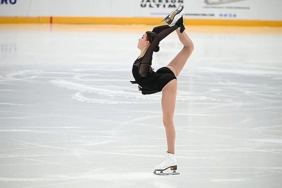 Анна Щербакова лидирует после короткой программы
