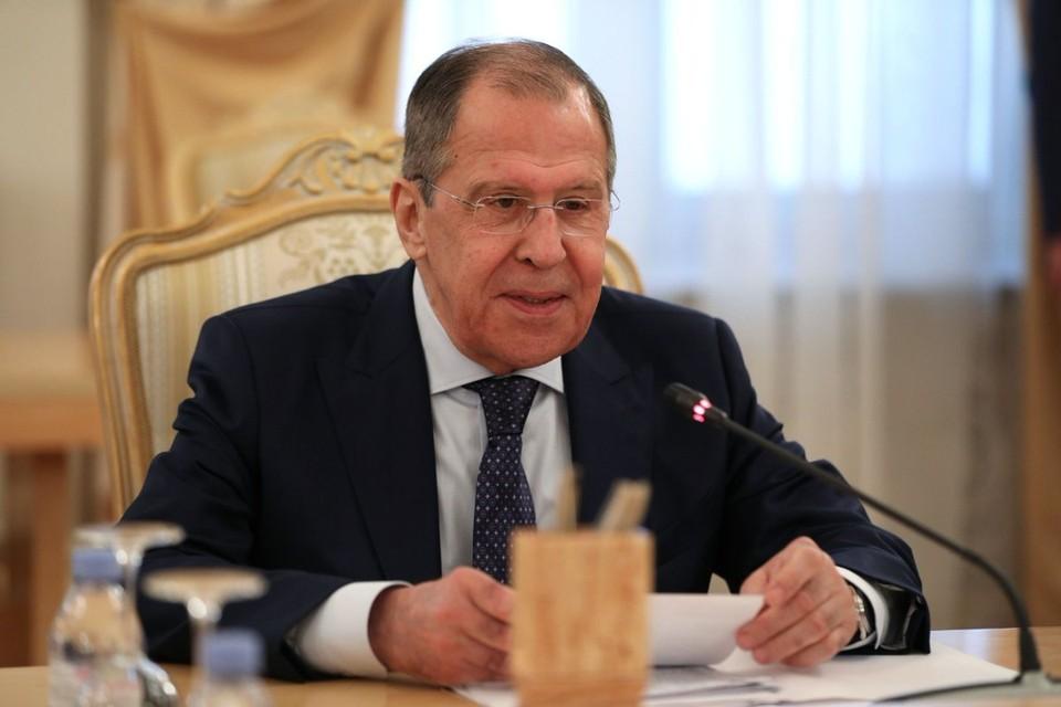 """Министр напомнил, что """"нет такого понятия, как оружейное эмбарго против Ирана"""""""