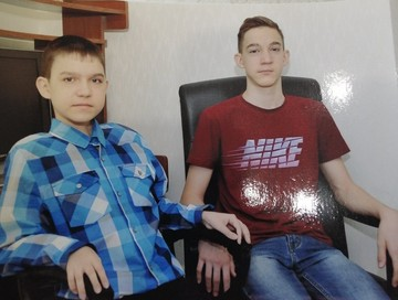 «Баскетболист и программист»: как генетика изменила жизнь двойняшек из Сызрани