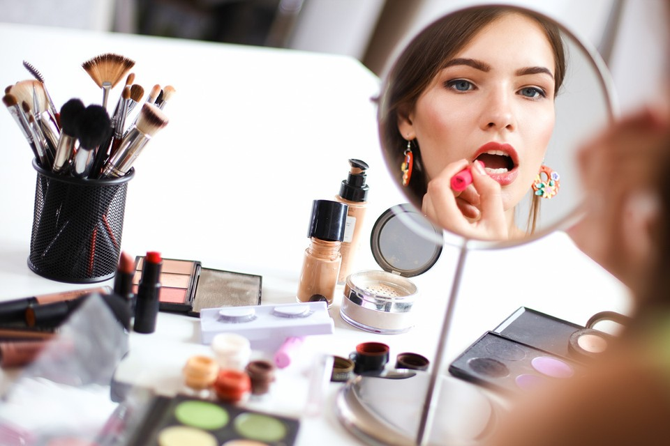 Осенний гид по уходу за кожей: пилинг дома, чистка в салоне и другие советы от бьюти-блогеров Дзена