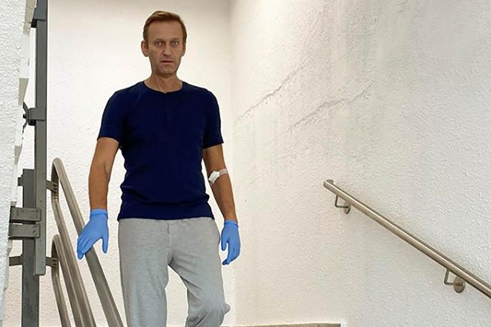 Сам Навальный подтвердил, что встреча с Ангелой Меркель в больничной палате действительно произошла.