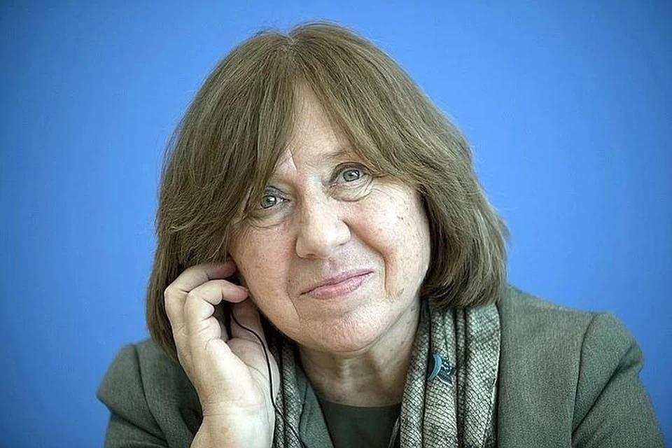Нобелевский лауреат Светлана Алексиевич выехала из Белоруссии