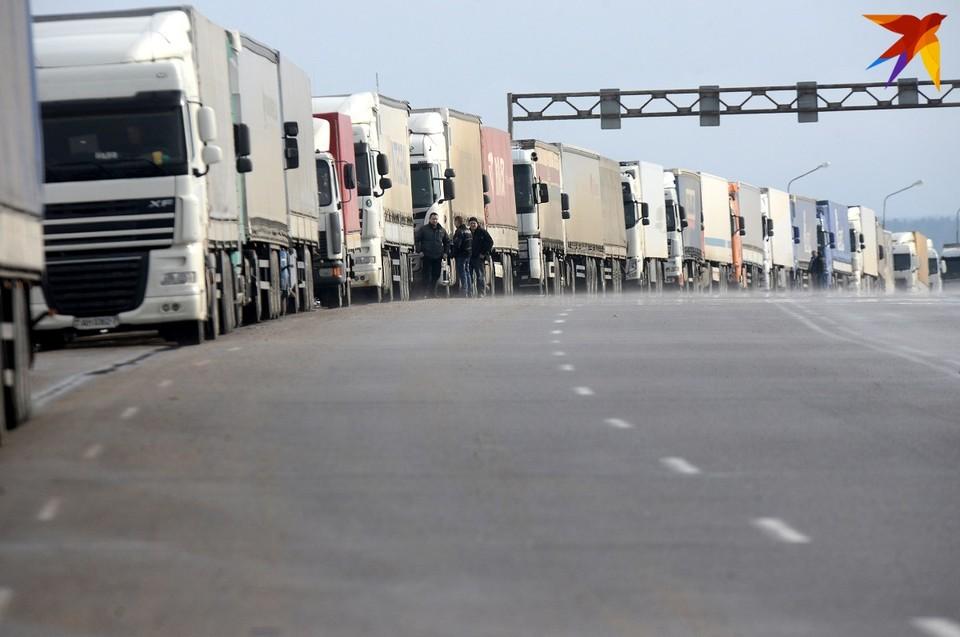 С учетом сложившейся обстановки на границе с Евросоюзом белорусская таможня усилила таможенный контроль.