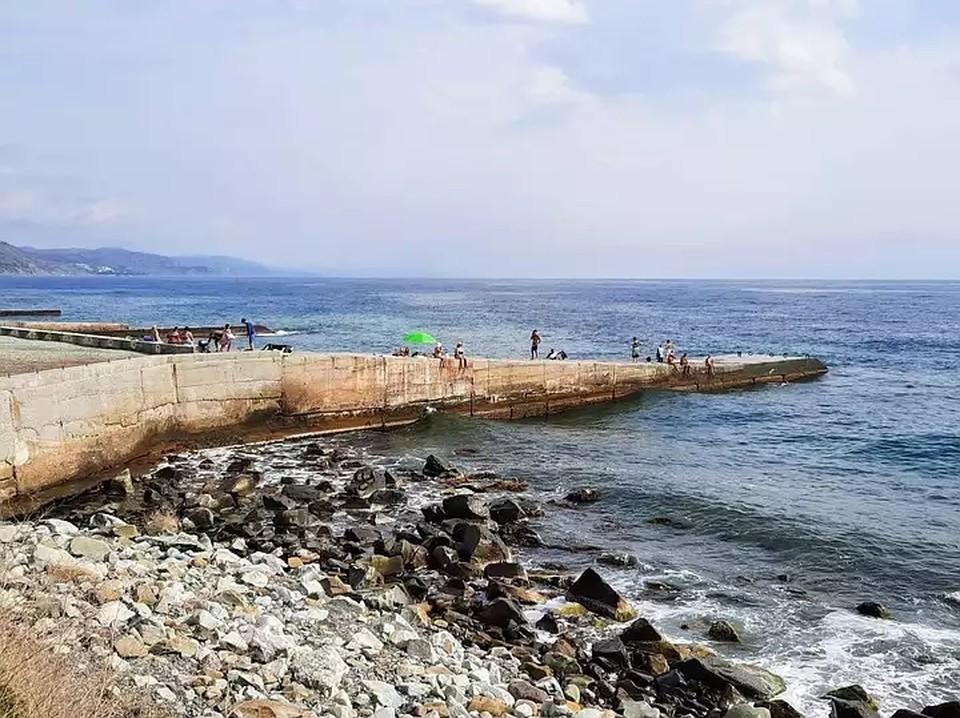 В октябре температуре воздуха и морской воды еще вполне пригодна для загара и купаний