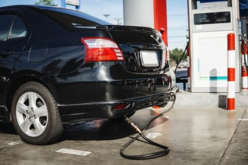 Трудности перевода: как и зачем переоборудовать машину под газомоторное топливо