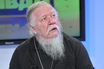 «Просим молитв!»: Священник Дмитрий Смирнов находится в реанимации
