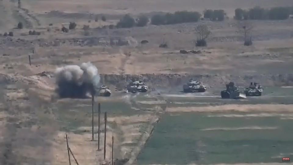 ВВС Азербайджана наносят авиаудары на линии соприкосновения с Нагорным Карабахом
