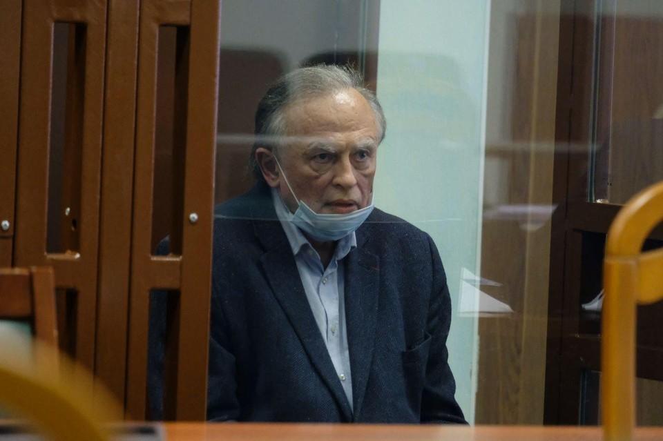Соколов звонил в посольство Франции после убийства