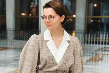 """""""Я не мать-наседка!"""": молодая жена Петросяна продолжает радовать и баловать себя"""