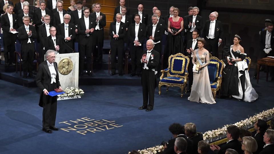 Нобелевский комитет по литературе назовёт имя нового обладателя премии