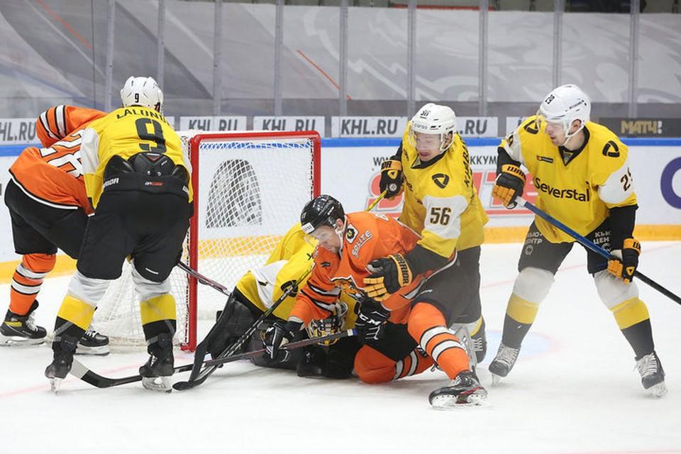 Собрались и забили: хабаровский «Амур» победил в последнем матче домашней серии «Северсталь» со счетом 3:1