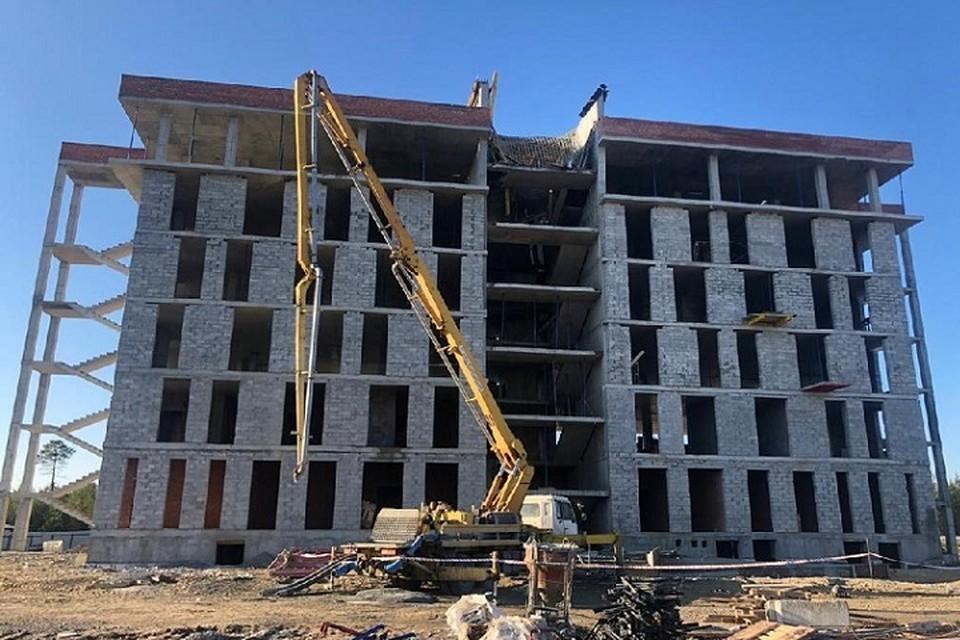 В Югре четверо строителей разбились насмерть, пролетев 23 метра с шестого этажа. Фото: Прокуратура ХМАО