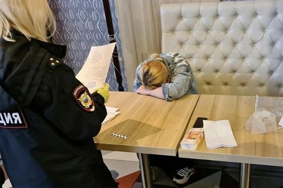 Оперативники вышли на мать, продававшую ребенка, по ее объявлению. Фото: Движение «Альтернатива»