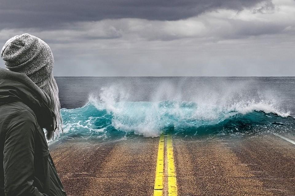 Климатические изменения вызывают беспрецедентные лесные пожары, повторяющиеся и интенсивные циклоны, наводнения, засухи и другие экстремальные погодные явления. Фото: pixabay.com.