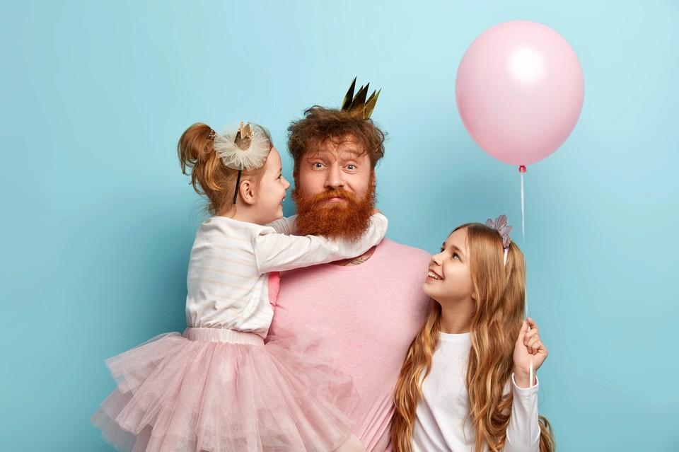Семья с двумя детьми - еще не многодетная. Фото: AdobeStock