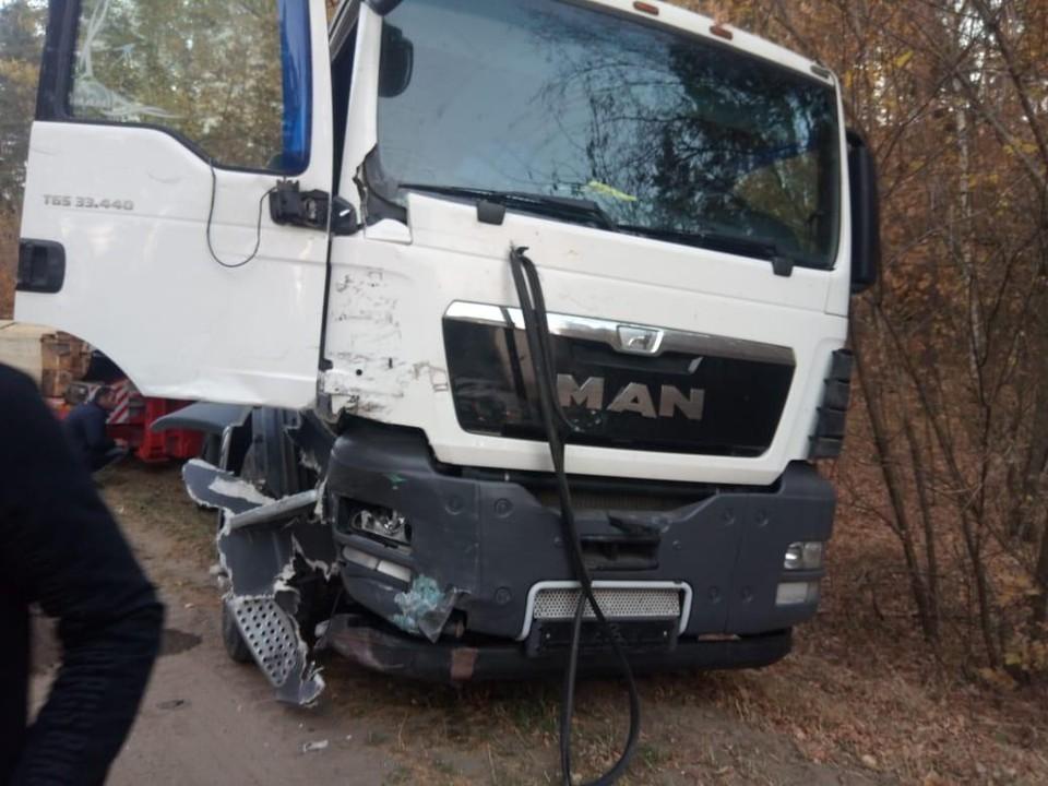 """Водитель пытался выполнить разворот, и врезался в """"MAN"""""""