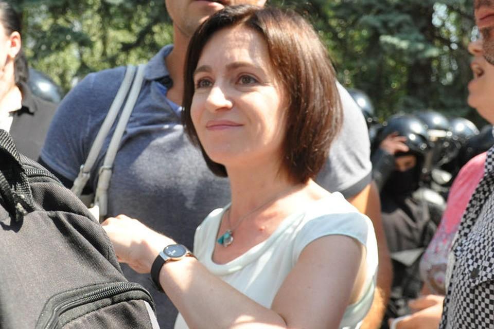 Майе Санду помогают молдавские НПО, связанные с внешним финансированием.