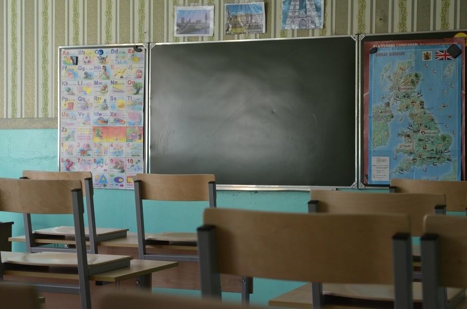 Случаи COVID-19 зафиксированы в 92 школах и 29 садах