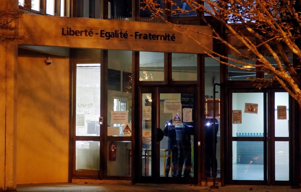 Во Франции полиция задержала четырех подозреваемых по делу о теракте