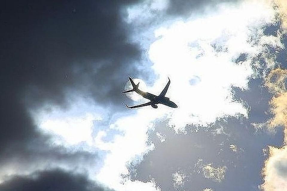 ЧП произошло, когда самолет рулил на посадку.