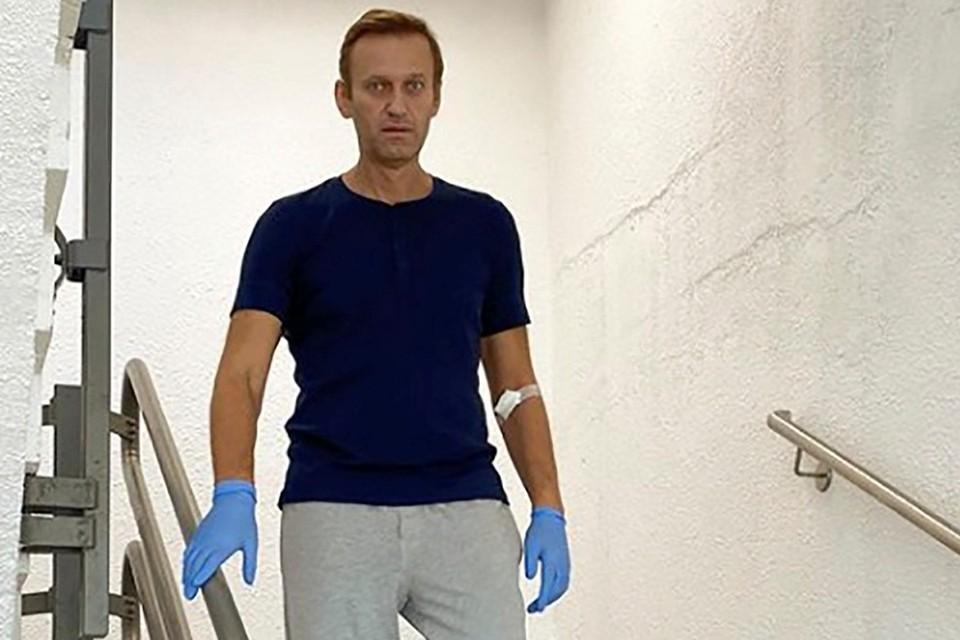 Подобно тому, как индийские брамины именуются дважды рожденными, А. А. Навальный теперь стал дважды отравленным