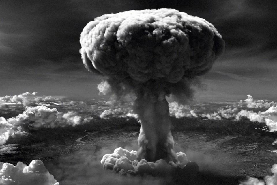 Американская атомная бомба упала на Хиросиму из-за неточного перевода
