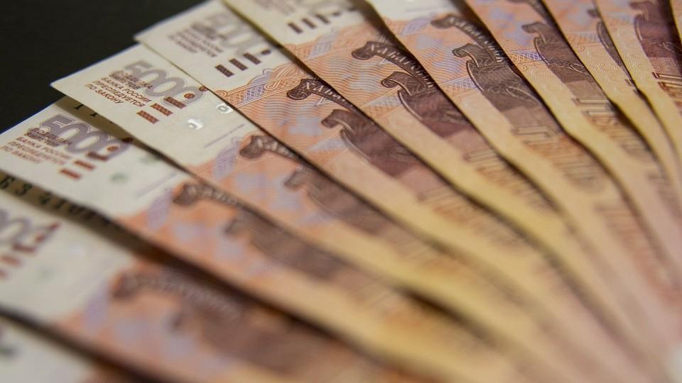 Житель Губкинского набрал кредитов почти на два миллиона, а затем перевел деньги мошенникам