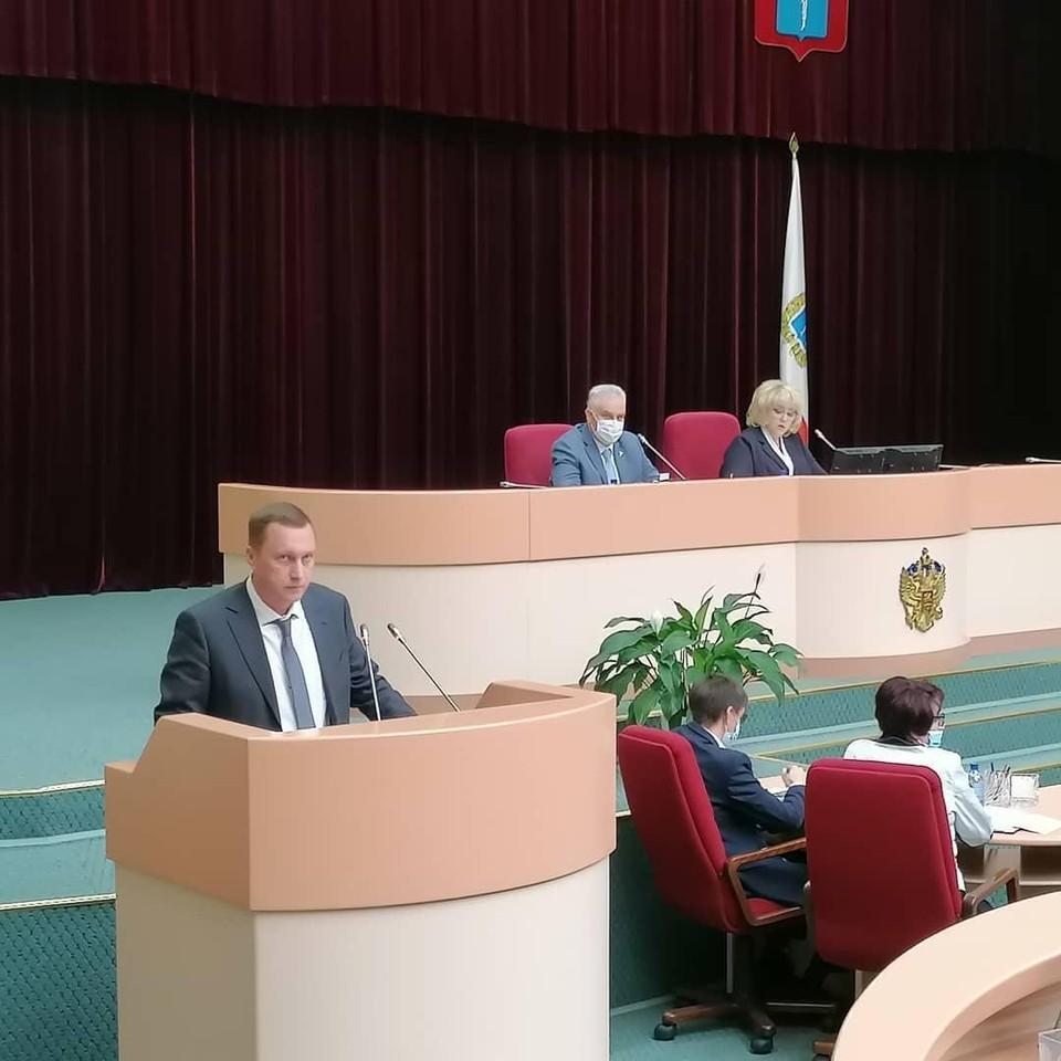 Романа Бусаргина депутаты согласовали на должность председателя правительства Саратовской области