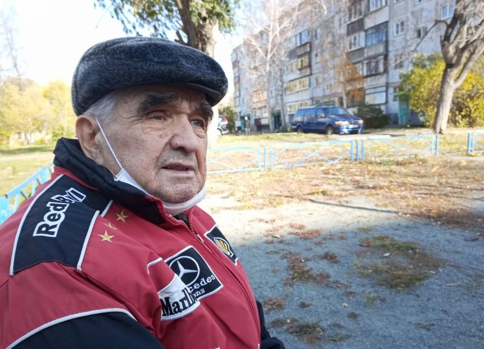 Два года Владимир Корякин жил с гигантской проблемой. Хирурги избавили его от грыжи за пару часов.