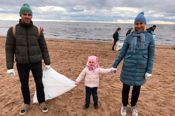 «Комаровский берег» стал чище: В Санкт-Петербурге прошел этап всероссийской экологической акции «Вода России»