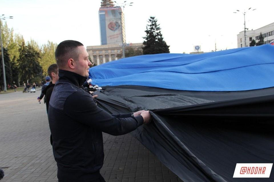 Роман Трошин сообщил, что для него большая честь организовать спортивную эстафету совместно с Общественным движением «Донецкая Республика