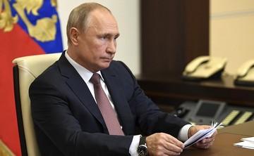 Путин предложил увеличить выплаты родителям детей до 7 лет