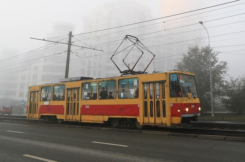 В трамвае не имеют права перевозить пассажира без маски.