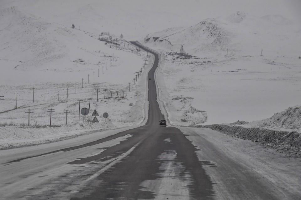 В Мурманской области растет число ДТП из-за неубранных дорог.