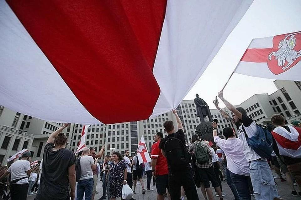 """Бывший кандидат в президенты Беларуси считает, что действующей власти следует пойти на переговоры, """"чтобы спасти страну"""""""