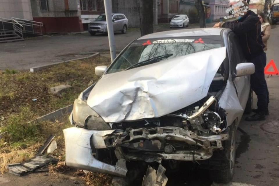 Женщина и ребенок пострадали в аварии на улице Клубная в Хабаровске