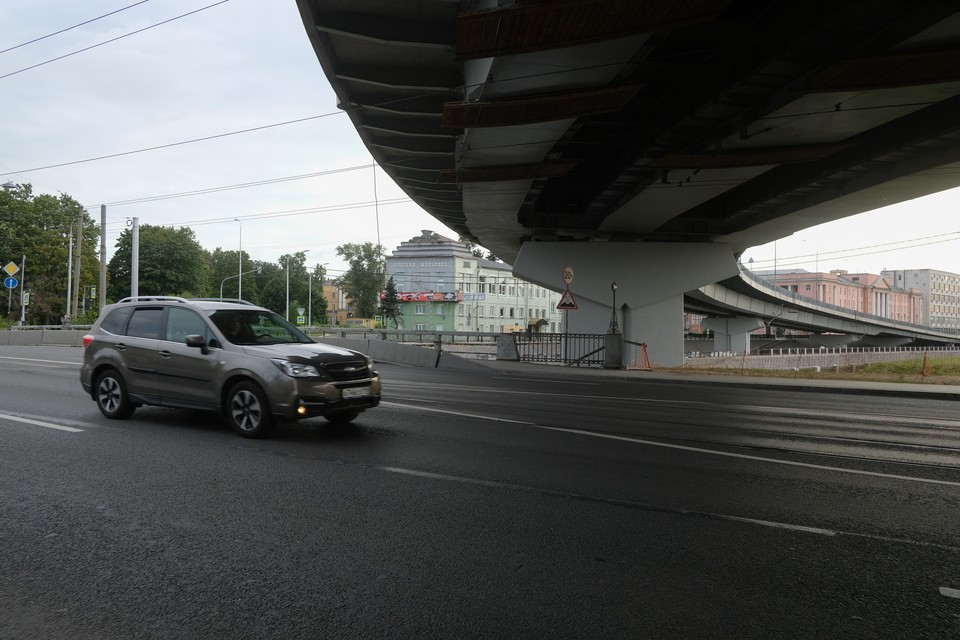 Петербург получит один миллиард рублей на реконструкцию Лиговского путепровода