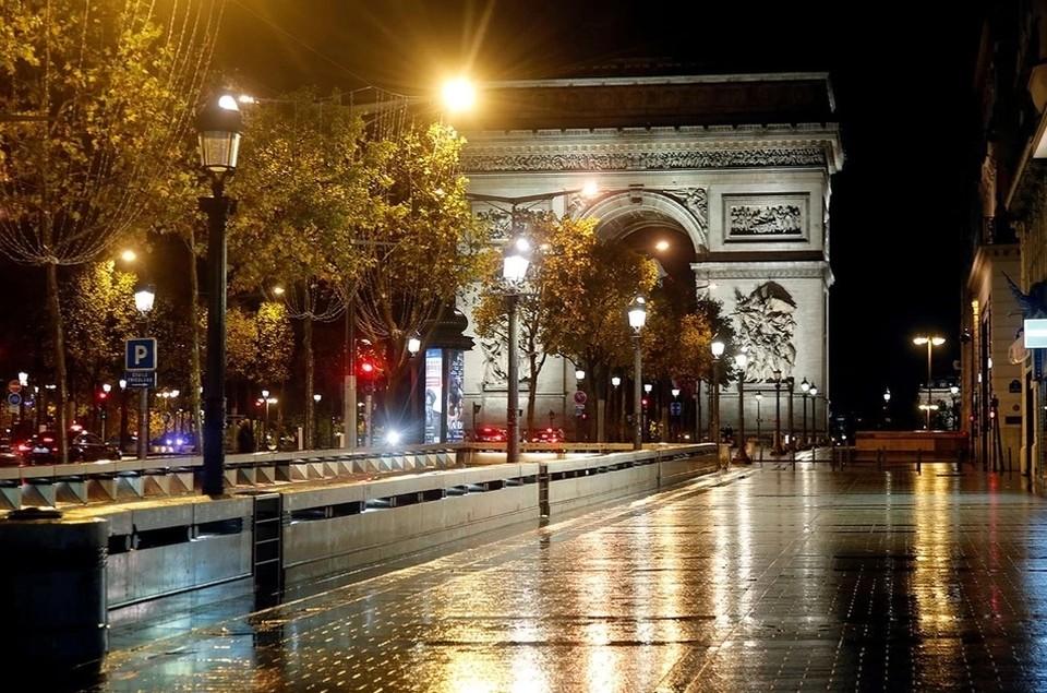Карантин вводится во Франции с 30 октября 2020 года