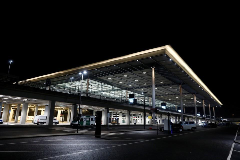 В Берлине официально открылся новый международный аэропорт