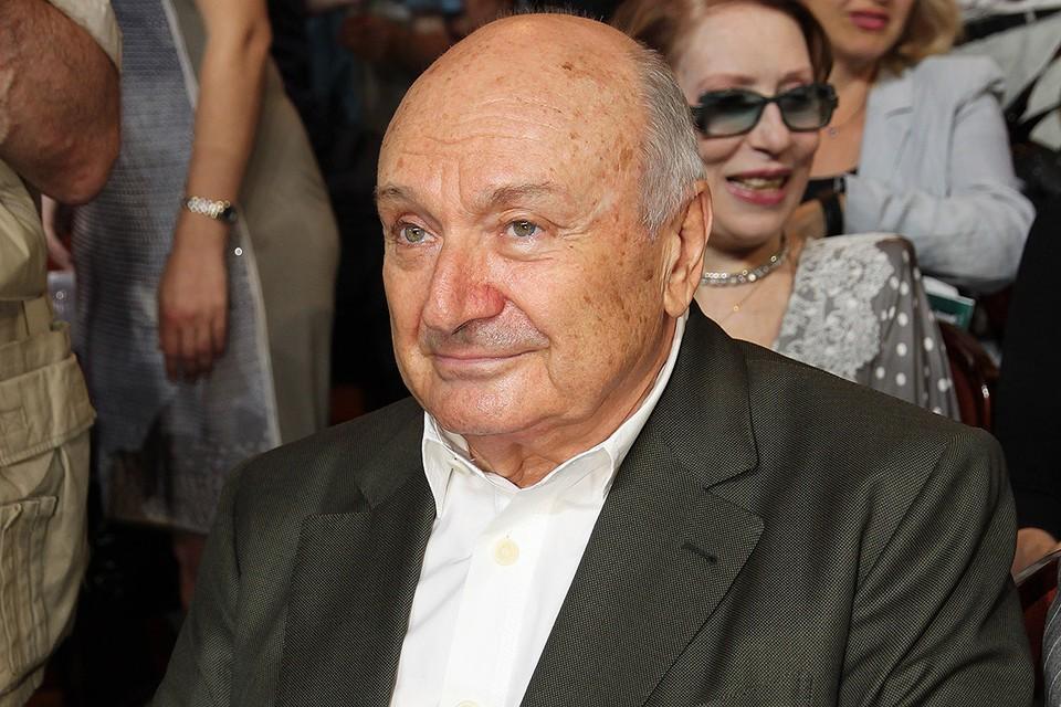 Михаил Жванецкий умер 6 ноября на 87-м году жизни.