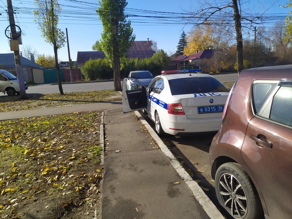 Полицейские Советского района Воронежа и Землянска поймали солдата.