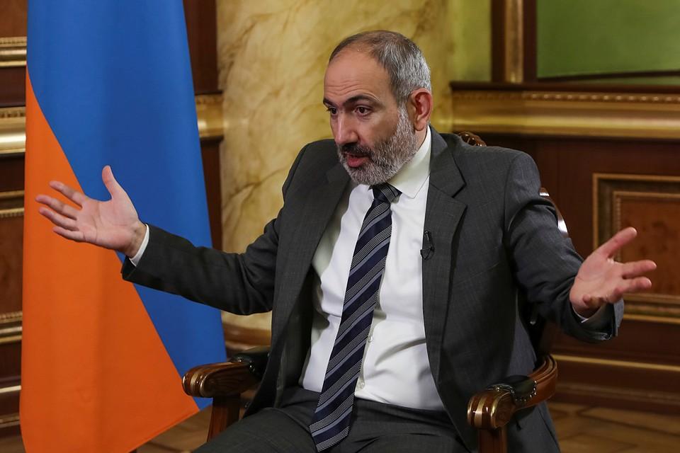 Так, унизительный и душераздирающий мир в Карабахе - стал неизбежным следствием глупейшей, нарциссической, самоубийственной политики ереванского Навальняна